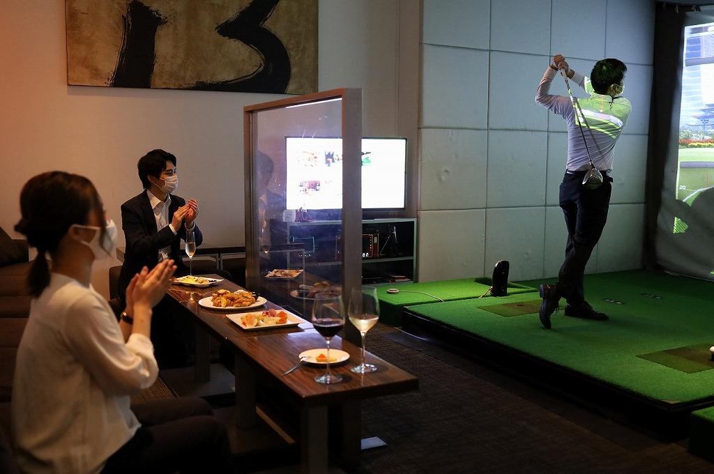 【その場で当たる】暑い日は涼しい室内でバーチャルゴルフがおススメ!バグース各店でゴルフグッズがもらえるキャンペーン開催!